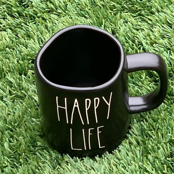 HAPPY LIFE ceramic mug in black by Rae Dunn